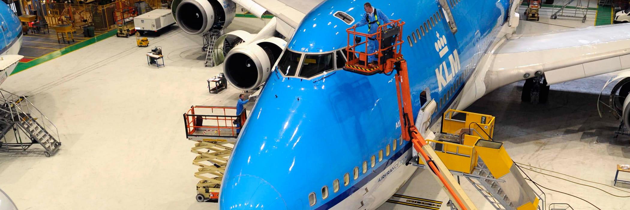 Aerial Work Platform | Boom Lift | JLG Boom Lift | Riwal solution case | KLM solution | Riwal