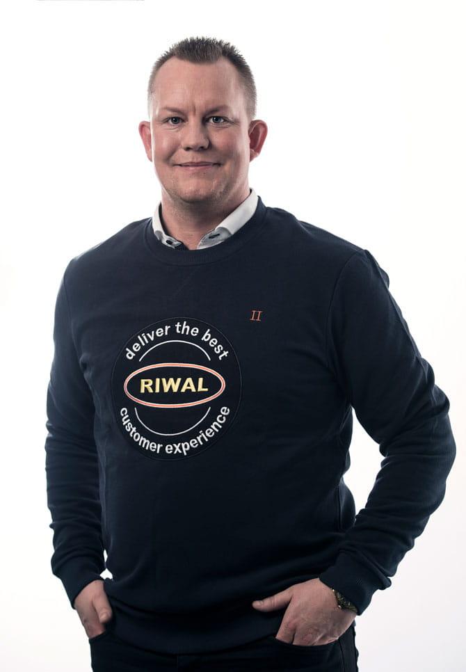 Jesper Becker Nielsen | Salg af lifte | Riwal Danmark