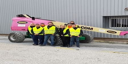 Nacelle flèche droite pour l'association Roseau avec toute l'équipe Riwal Reims