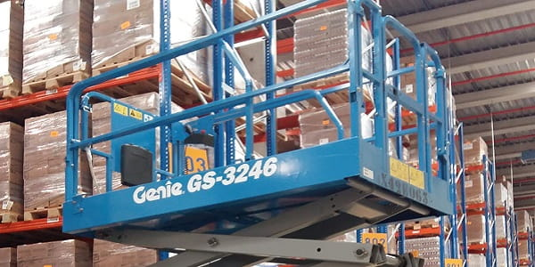 Value proposition Riwal | Logistics | Riwal Industries | Riwal expertise | Aerial work platforms | Scissor lifts | Genie Scissor lift | Genie GS-3246 | Riwal